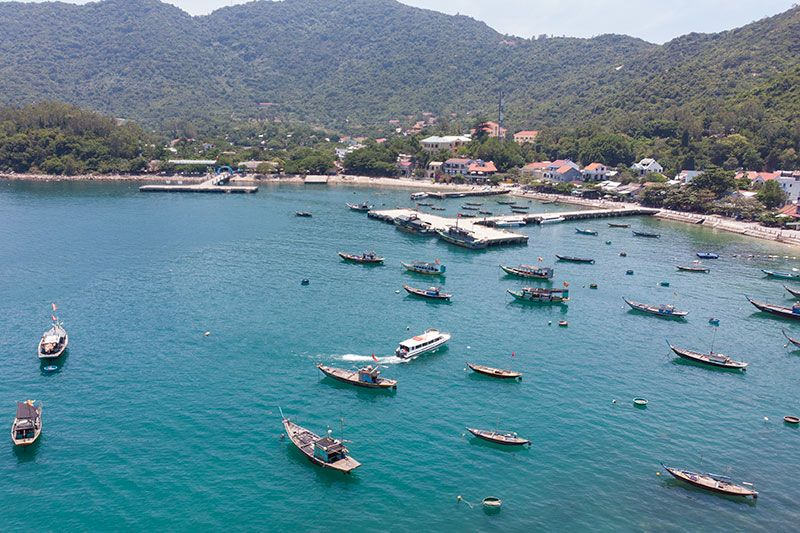 Cham Island ferry port and town